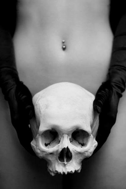 goetia_girls_succubus_evocation_trance_skull