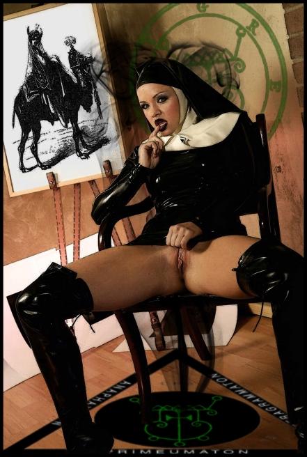 gremory_goetia_girls_succubus_nightgaunt_nun_spirit_evocation