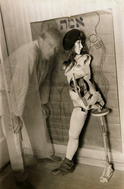 goetia_girls_hans_bellmer_self_portrait_with_the_doll_1934