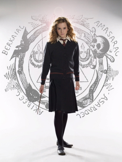 goetia_girls_hermione_granger_hogwarts_schoolgirl_witch_succubus_emma_watson_lucid_dream_evocation