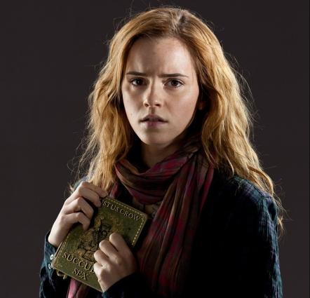 goetia_girls_hermione_granger_schoolgirl_witch_succubus_occult_lucid_dream_witchcraft_hogwarts_sorcery