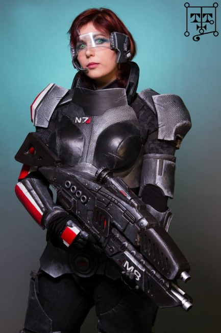 goetia_girls_mass_effect_femshep_female_shepard_valkyrie_botis_succubus_of_faustus_crow