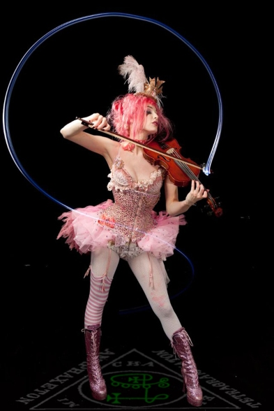goetia_girls_succubus_witch_vlefor_valefora_emilie_autumn_violin_art_muse