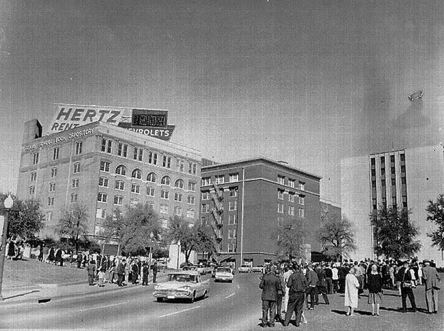 goetia_girls_ufo_dealey_plaza_1963_jfk_assassination