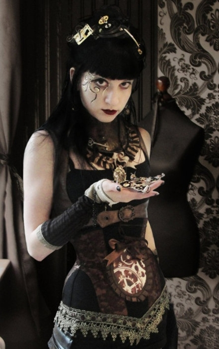 goetia_girls_steampunk_stolas_dorothy_succubus_of_wizrd_of_oz_faustus_crow